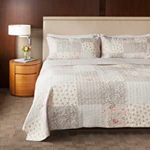 SLPR Walk in The Cotswolds 3-Piece Cotton Patchwork Bedding Quilt Set - King with 2 Shams   Summer Quilted Bedspread