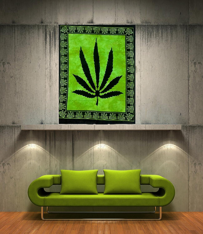Amazon Com Icc Marijuana Leaf Poster Cannabis Leaf Poster Hippie