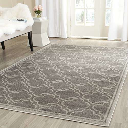 Safavieh Amherst Collection AMT412C Moroccan Geometric Area Rug, 5 x 8 , Grey Light Grey