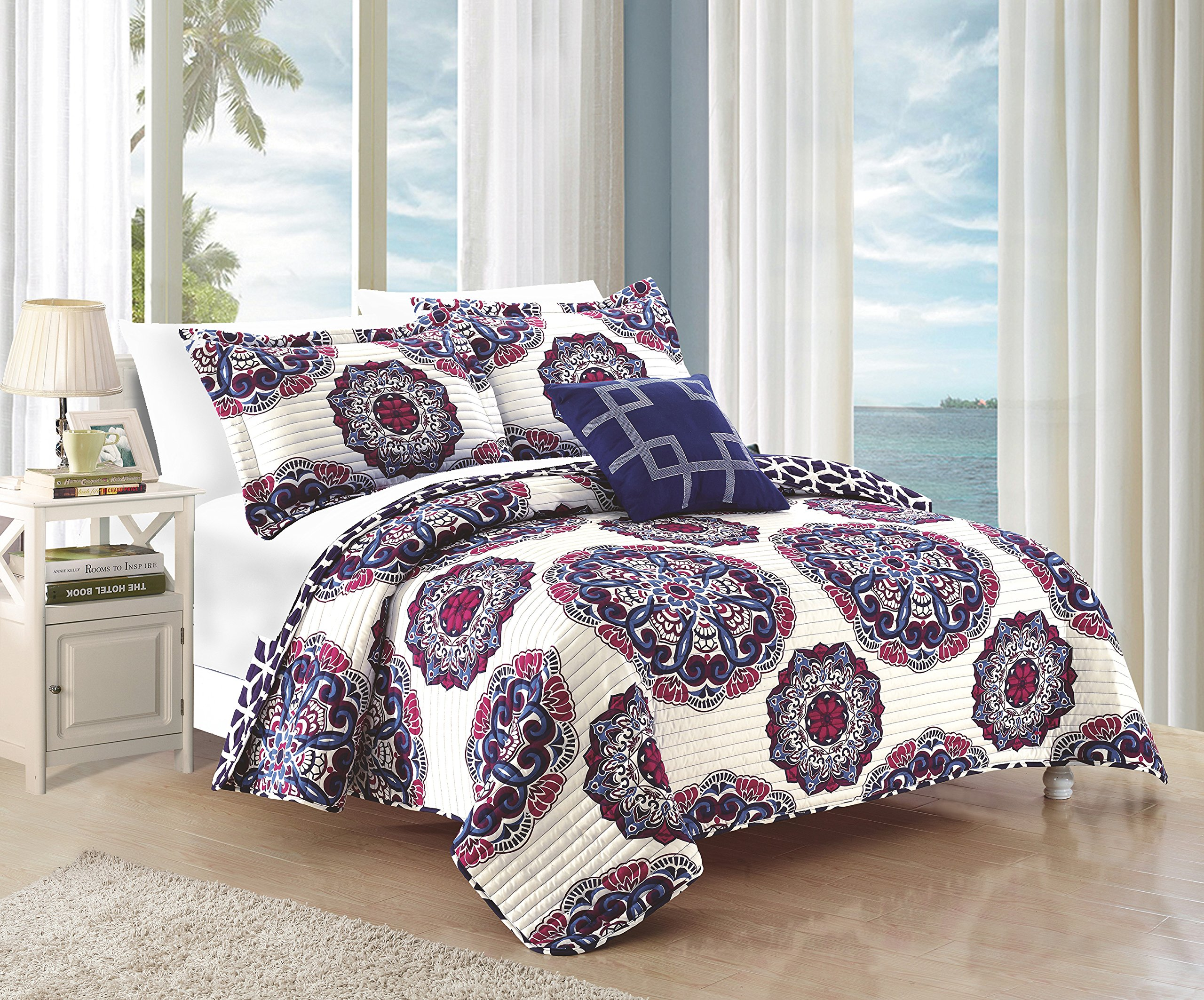 Chic Home Madrid 4 Piece Reversible Quilt Set Super Soft Microfiber Large Printed Medallion Design with Geometric Patterned Backing Bedding Set with Decorative Pillow and Sham, King Navy