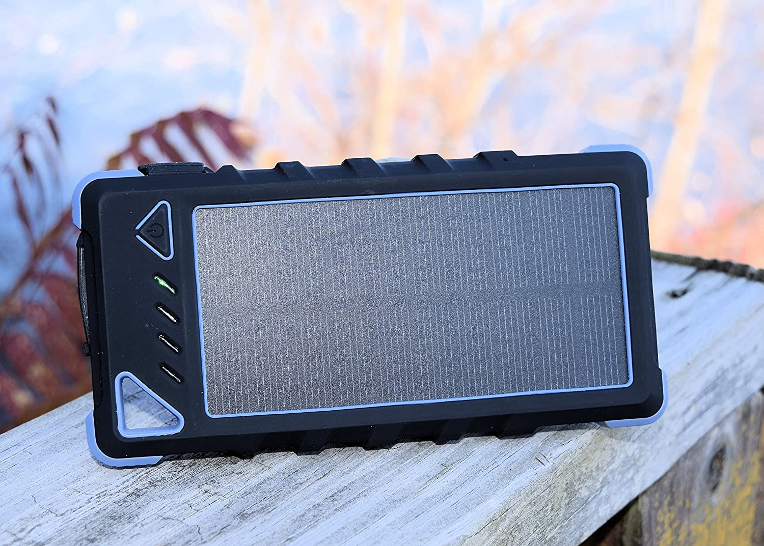 Summit stormforce low voltage solar phone tablet charger power station 098//168