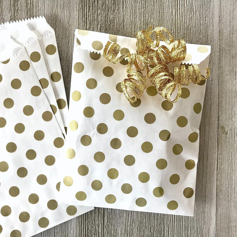 48 Pack 5.5 x 7.5 Inches Gold Polka Dot Treat Sacks