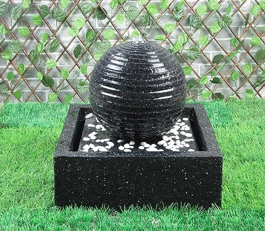 MP Essentials - Fuente de decoración con luces, para exteriores y jardines, con energía solar, bola negra de agua: Amazon.es: Jardín