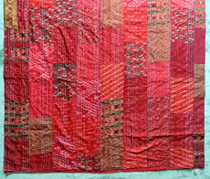 "Sophia-Art Twin/King Indian Bed Cover Ethnic Throws Quilted Patchwork Indian Quilt Cover Old Bohemian Silk Sari Kantha Bedspread Vintage Patola Quilt (Red, Twin 60"" x 90"")"