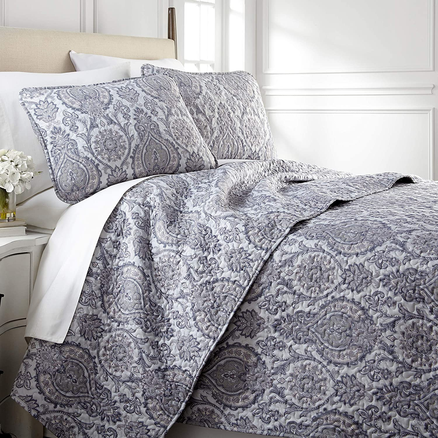 Southshore Fine Living, Inc. Boho Paisley Collection - Oversized Quilt Set, Full/Queen, Grey