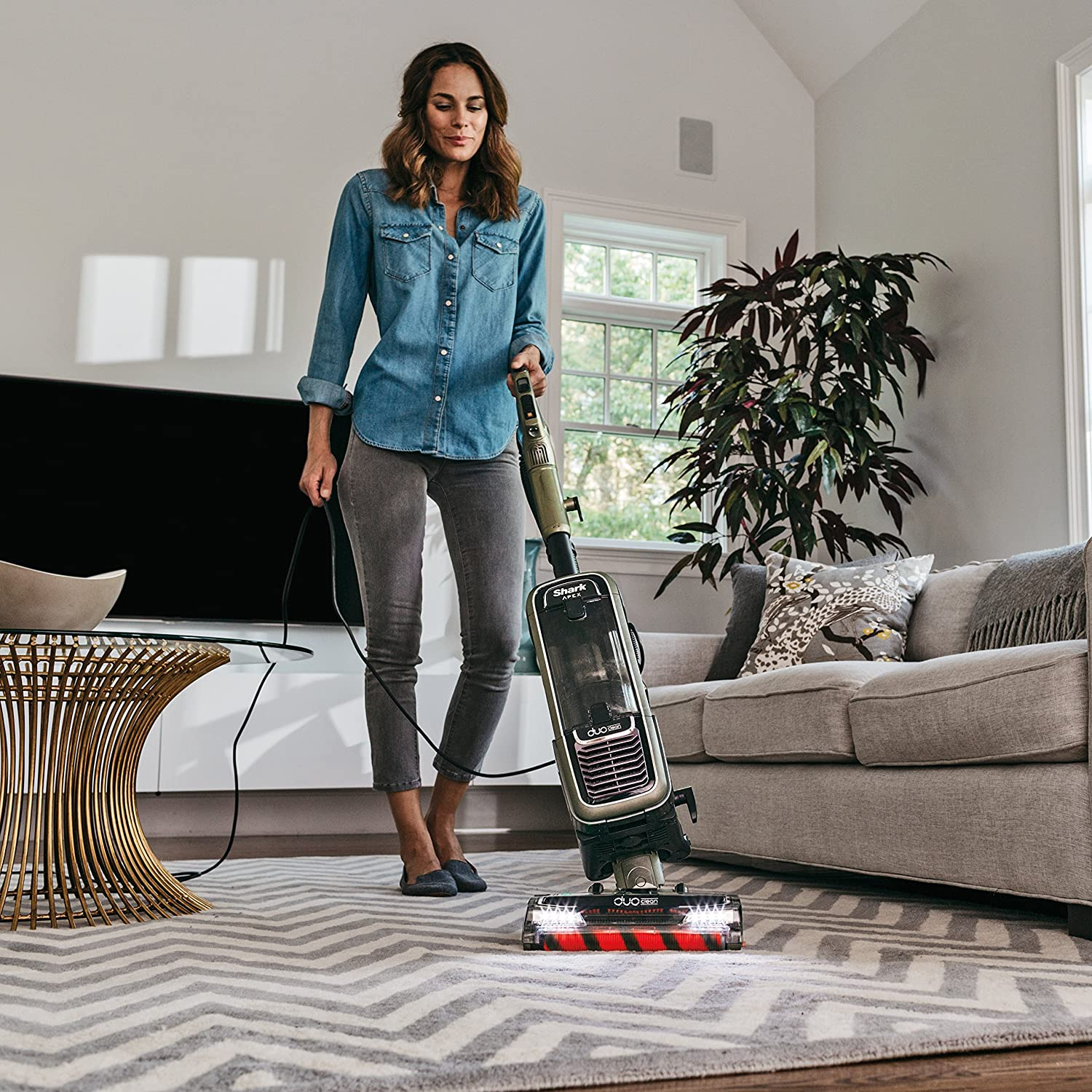 shark apex duoclean vacuum cleaner