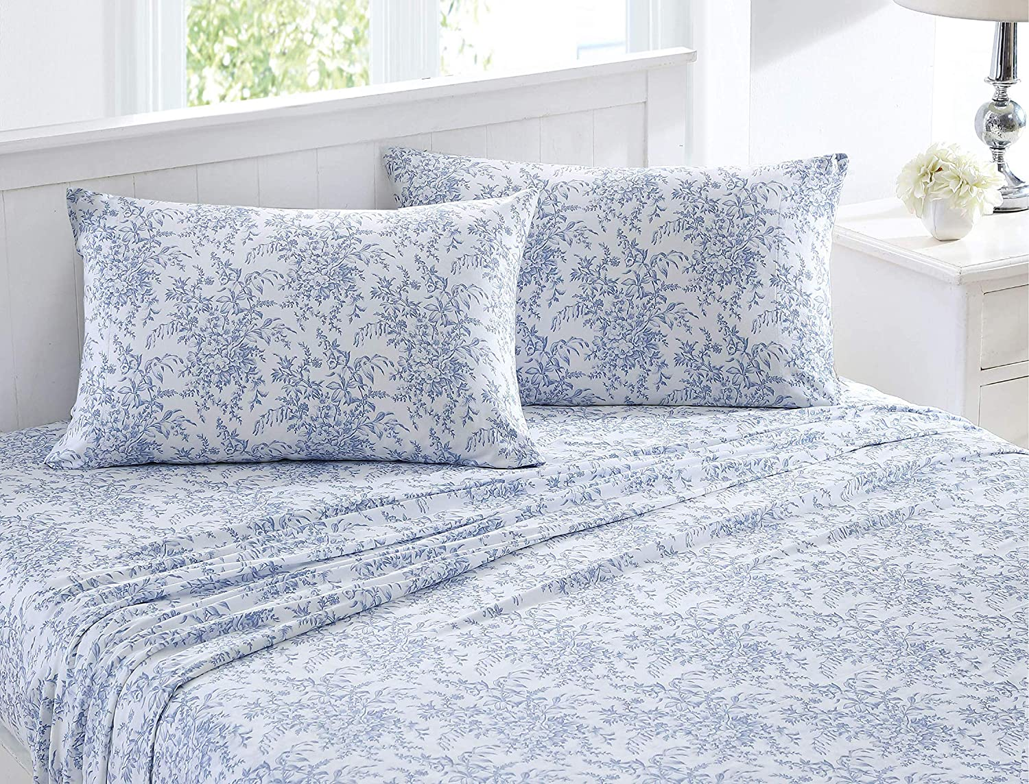 Laura Ashley Home | Betina Collection | Ultra Soft Moisture-Wicking Bedding Set, Non-Irritating Breathable & Wrinkle-Free, Easy Care Tencel Sheet Set, Queen, Blue (USHSA01156157)