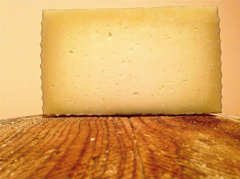 Queso de oveja curado gourmet de Losquesosdemitio, medio queso, 1kg, envasado al vacío