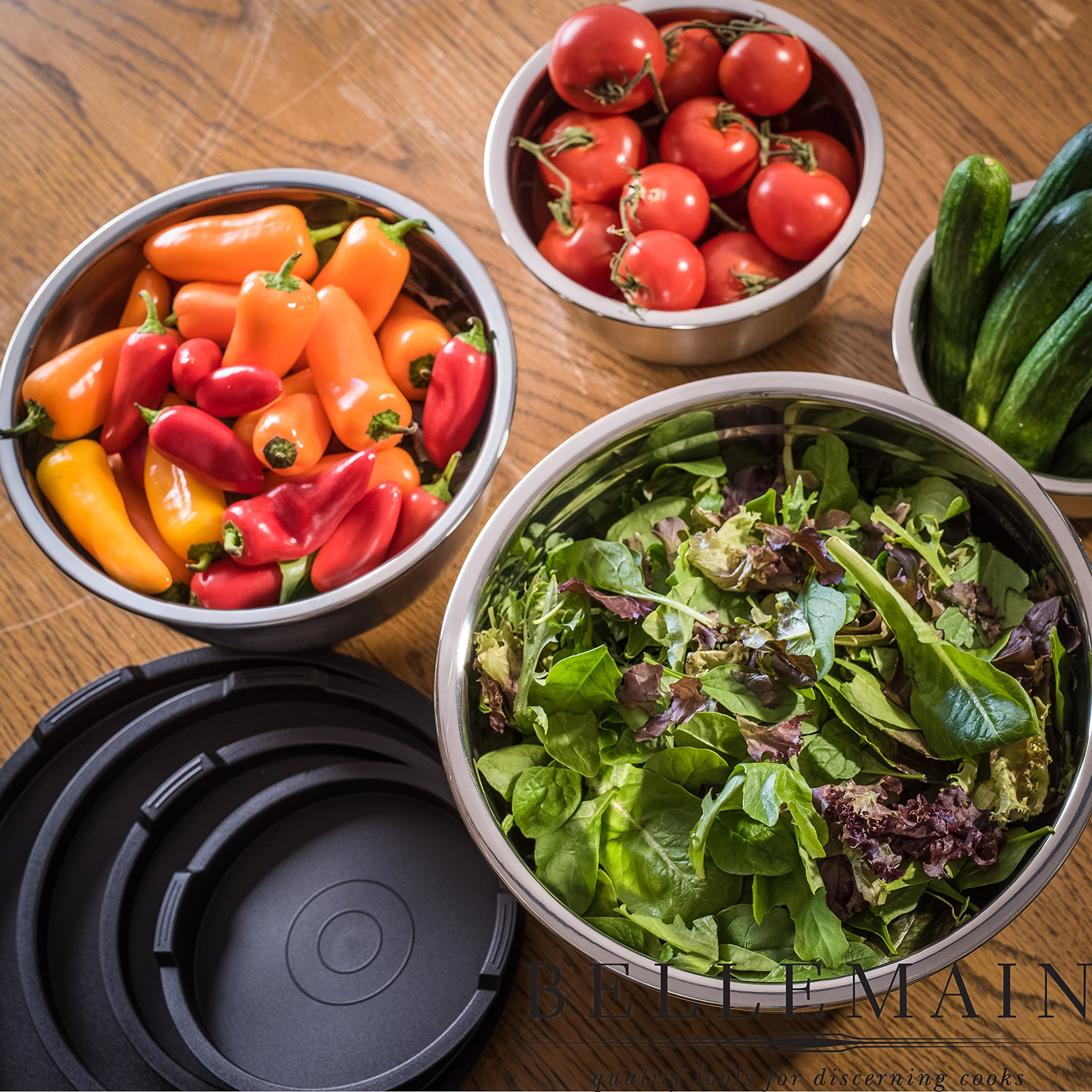 Top Rated Bellemain Stainless Steel Non-Slip Mixing Bowls with Lids, 4 Piece Set Includes 1 Qt, 1.5 Qt, 3 Qt. & 5 Qt. by Bellemain (Image #3)