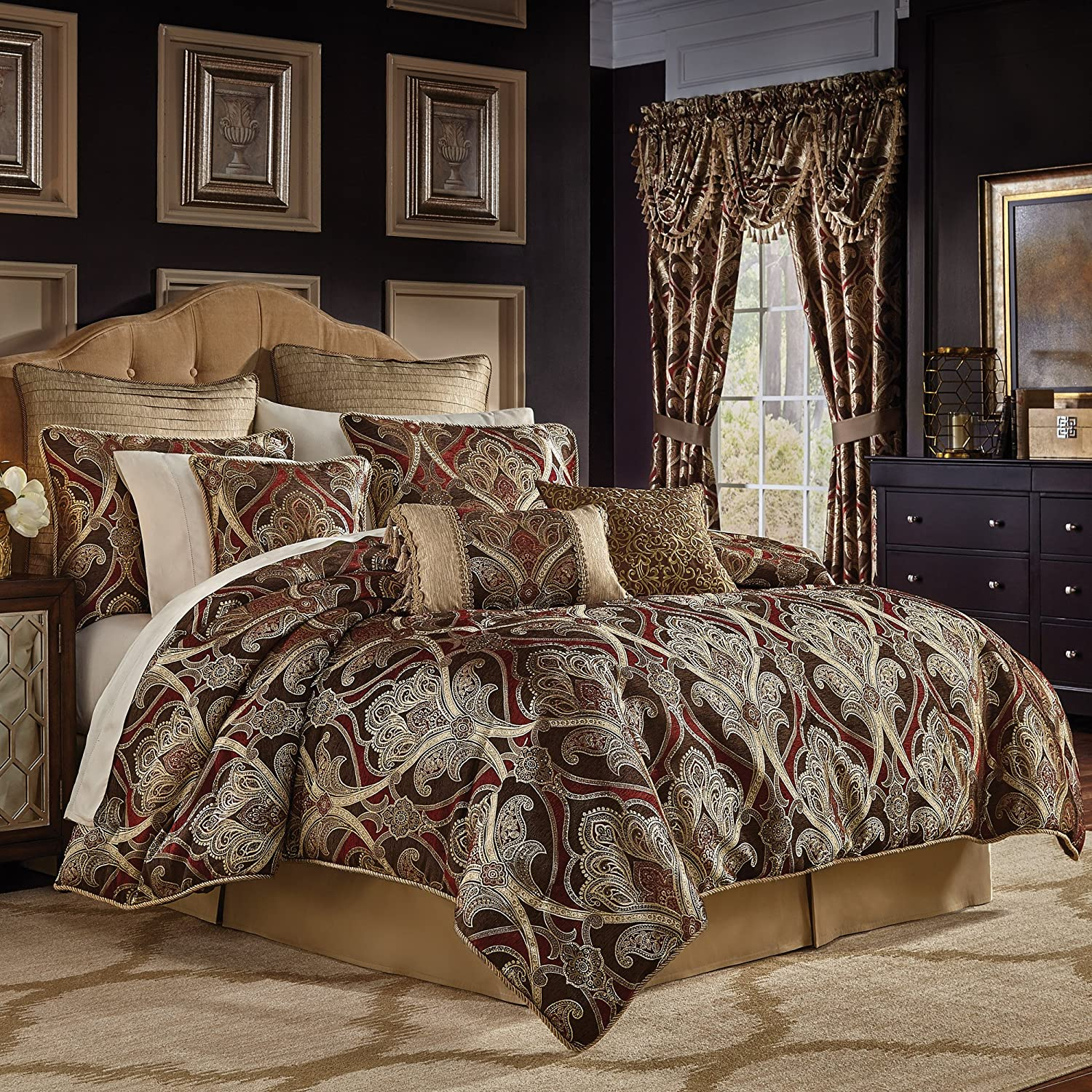 Croscill  Bradney King Comforter Set