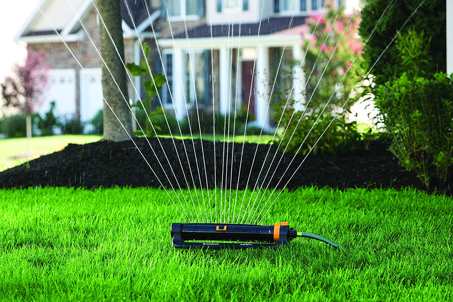 Amazon.com : Melnor XT Turbo Oscillating Sprinkler With One Touch Width  Control U0026 Flow Control, Waters Up To 4, 000 Sq.ft. : Oscillator Lawn And  Garden ...
