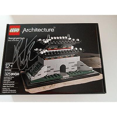 LEGO Architecture 21016 Sungnyemun: Toys & Games