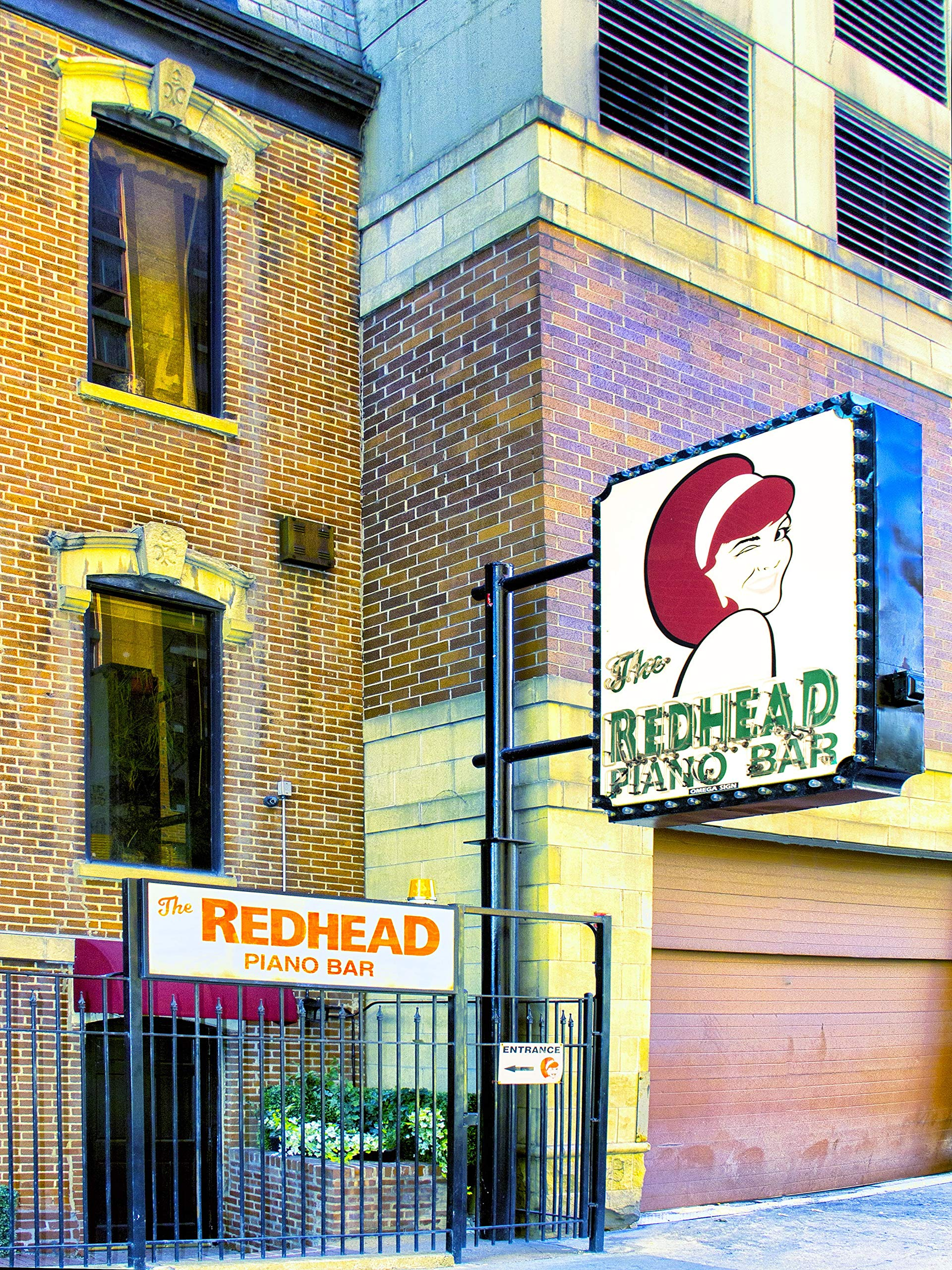 THE REDHEAD FROM CHICAGO Piano Bar