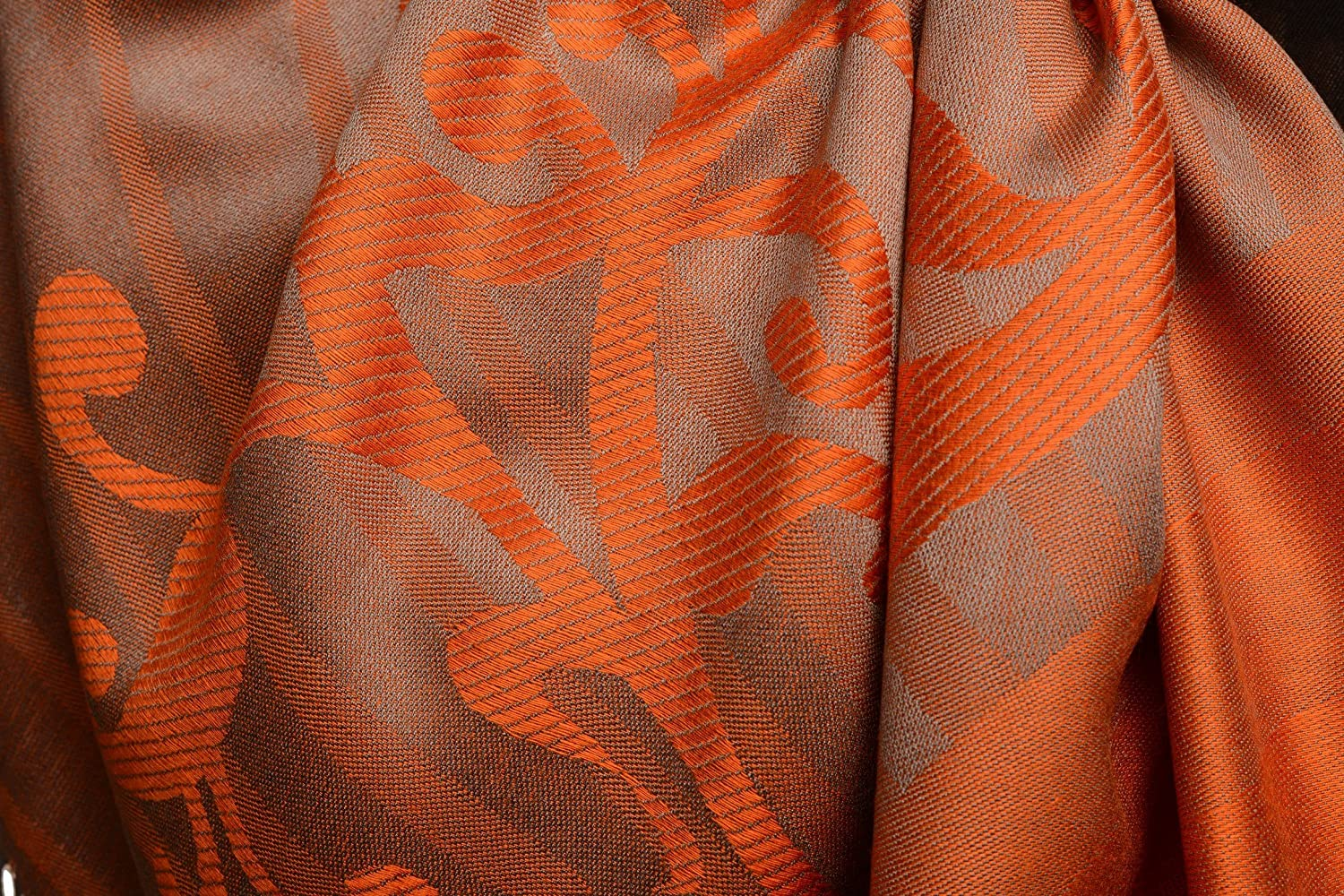 Schal 70cm x 180cm LissKiss Rising Sun On Coral Grey Pashmina Feel With Tassels Einheitsgroesse Orange Scarf