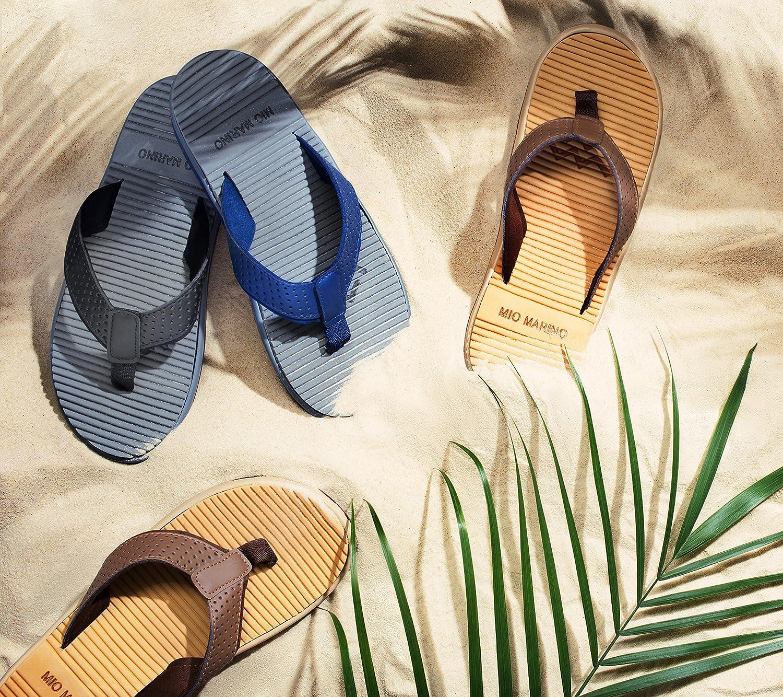 994356657e30 Amazon.com  Mio Marino Flip Flops for Men - Comfortable Mens Beach Flip  Flop Sandals - Memory Foam - Waterproof Bag  Shoes