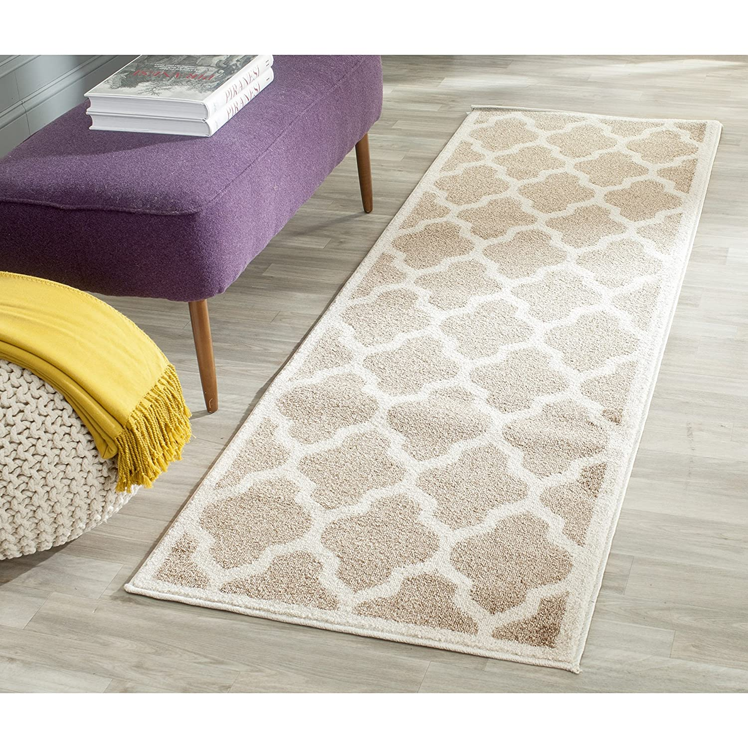 Amazon Safavieh Amherst Collection AMT420S Wheat and Beige