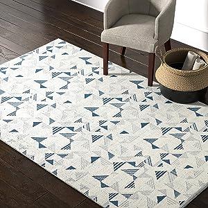 Amazon Brand – Rivet Modern Geometric Triangle Wool Area Rug, 5 x 8 Foot, Blue Ivory