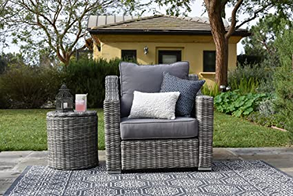 Elle Decor Vallauris Outdoor Wicker Arm Chair, Gray