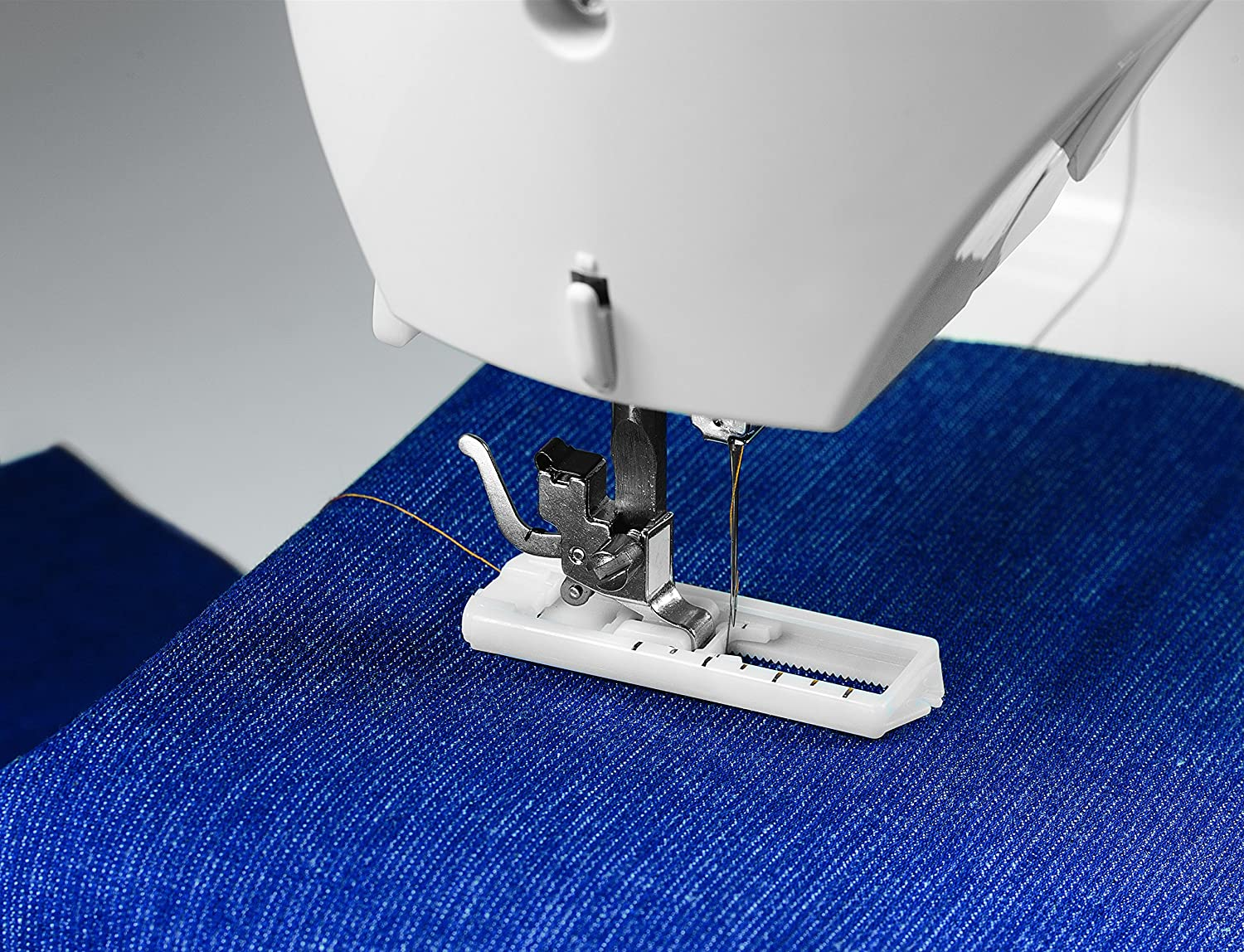Singer Tradition 2250 Sewing machine, White