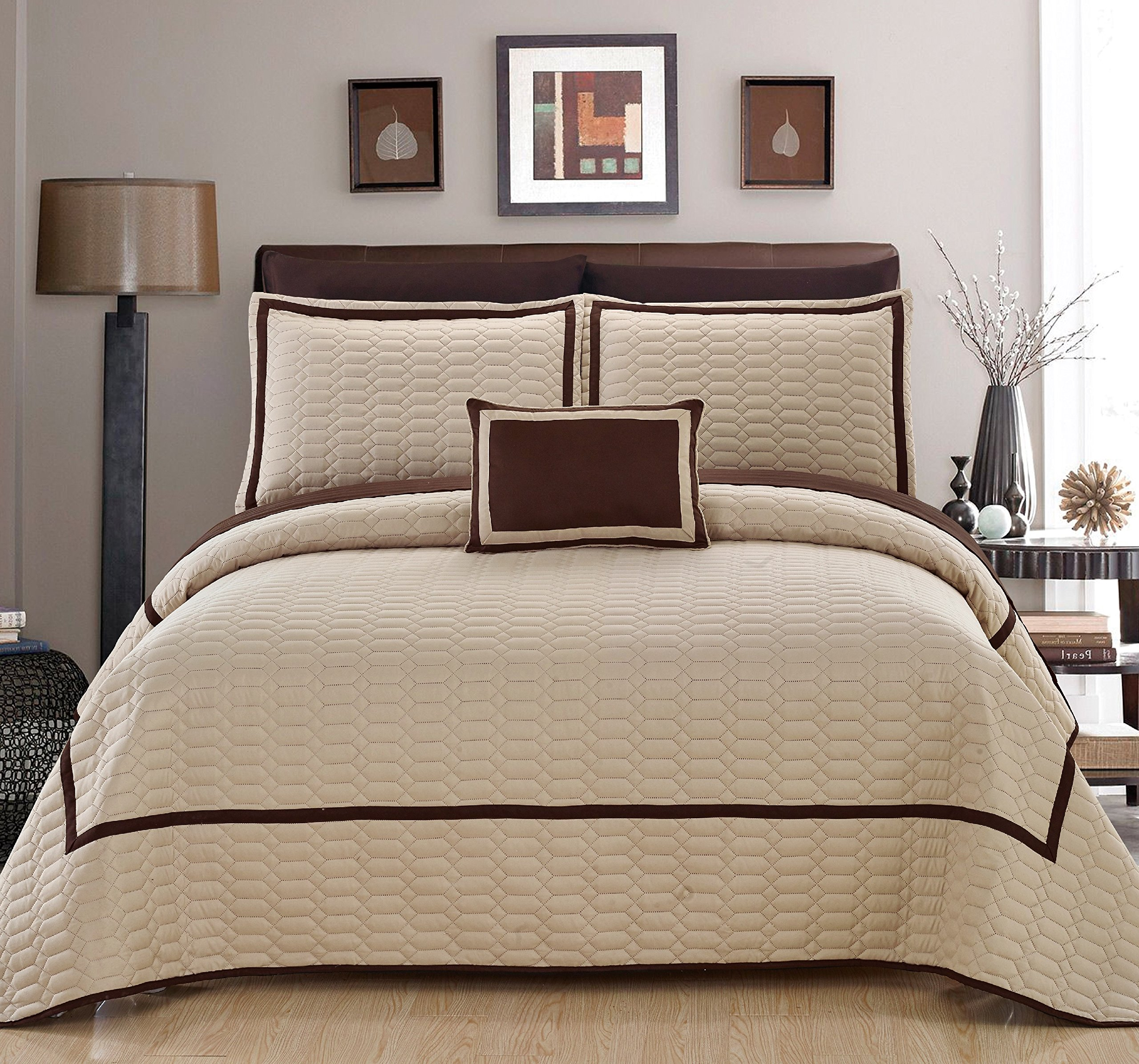 Noelle 8 Piece Hotel Collection 2 tone banded Geometrical Embroidered, Includes sheets set King Quilt Set Beige