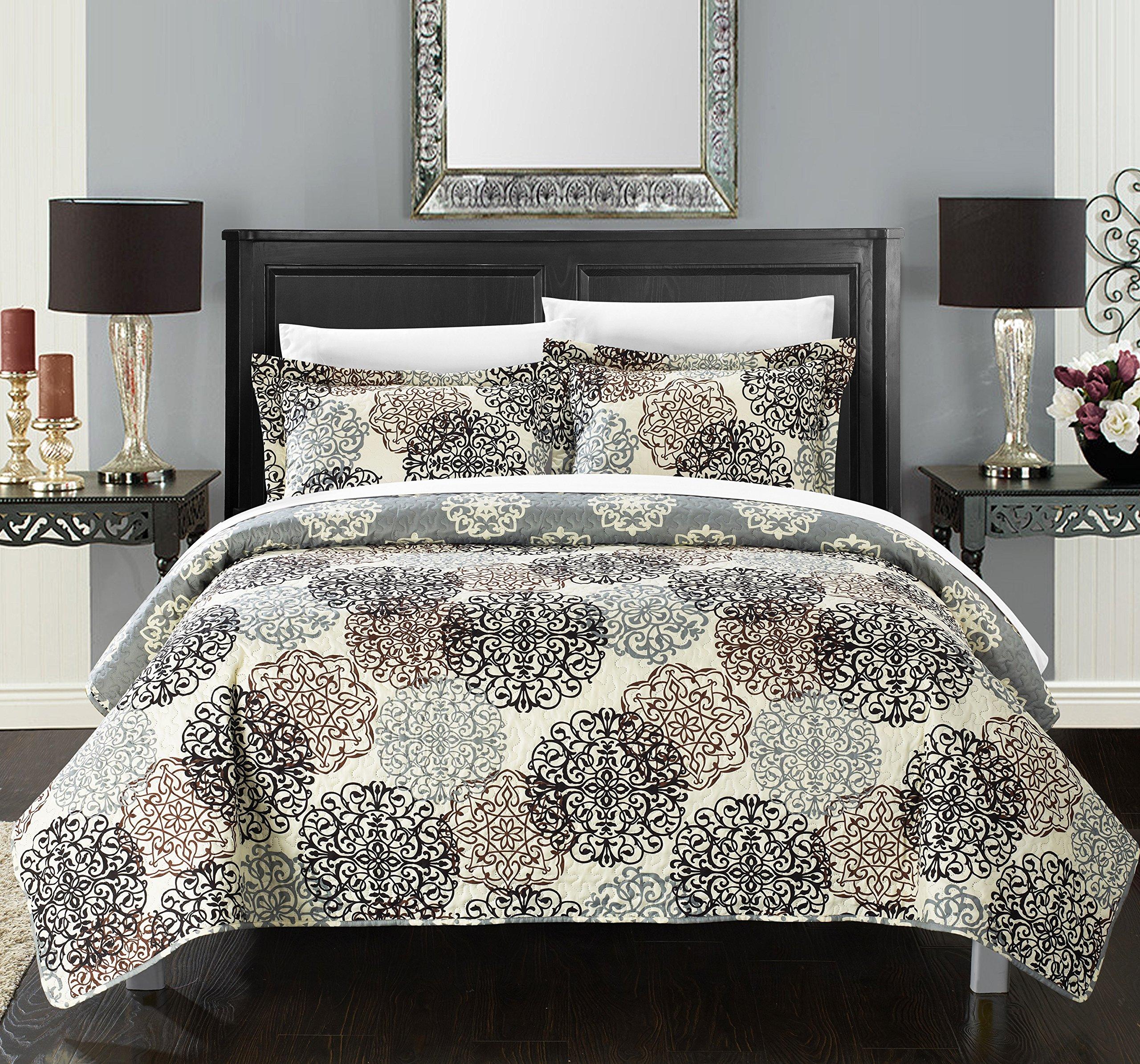 Chic Home 3 Piece Kelsie Boho Inspired Reversible Print Quilt Set, Queen, Beige