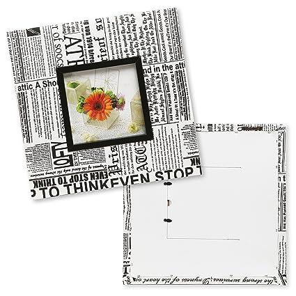Diseño de periódico Collage blanco y negro montado en la pared ...