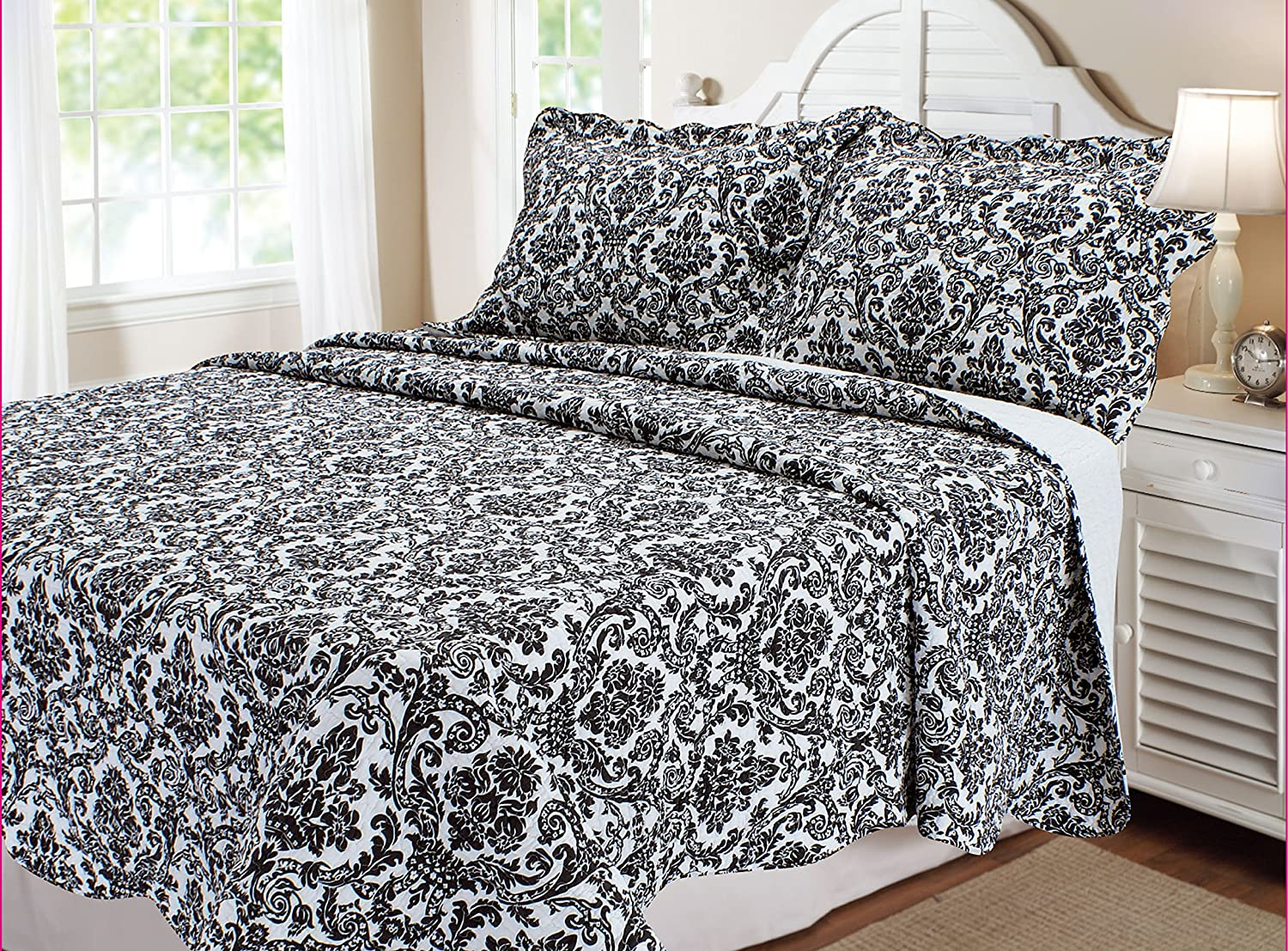 Quilt Set with Shams, King, Damask, Black and White