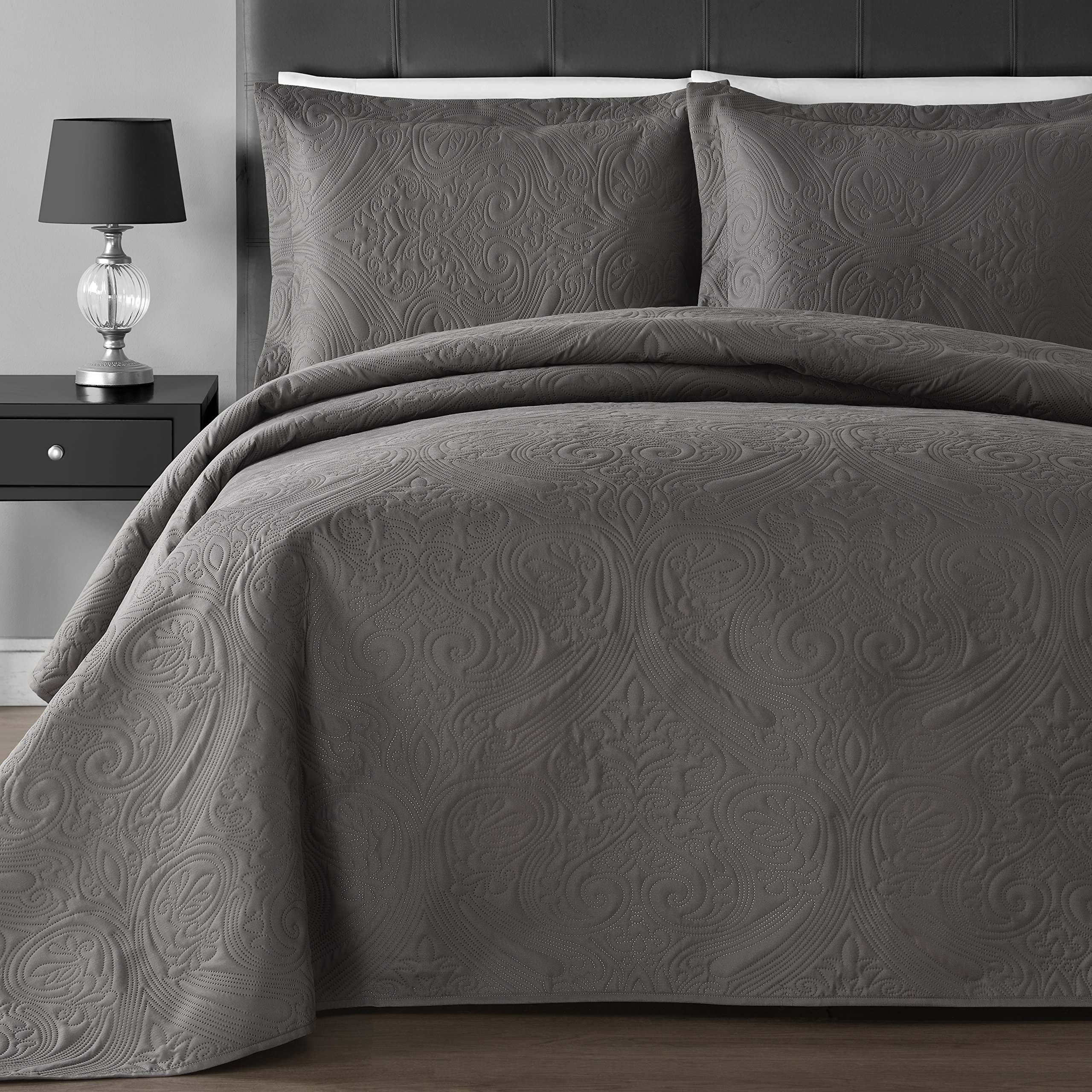Comfy Bedding Extra Lightweight and Oversized Thermal Pressing Floral 3-piece Coverlet Set (King/Cal King, Grey)