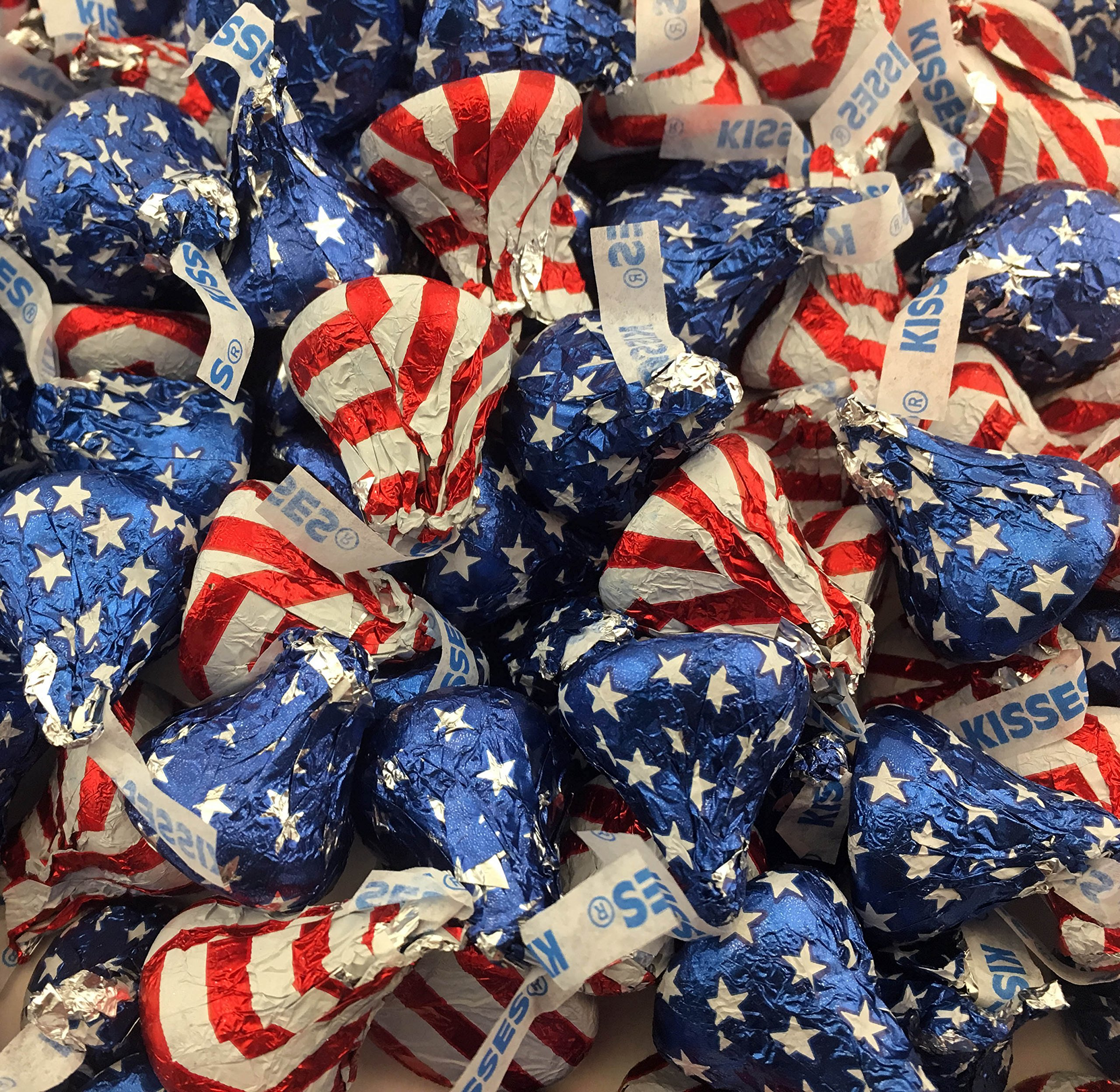 LaetaFood Bag - Hershey's Kisses, Milk Chocolate Kisses Red-White and Blue USA Flag, Presidents Day Candy (Pack of 2 Pound)