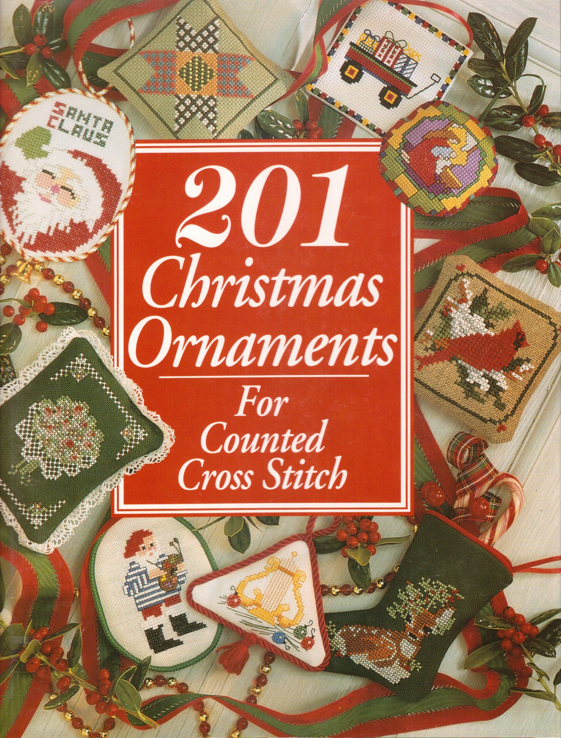 201 christmas ornaments for counted cross stitch just crossstitch phyllis hoffman 9780932437013 amazoncom books