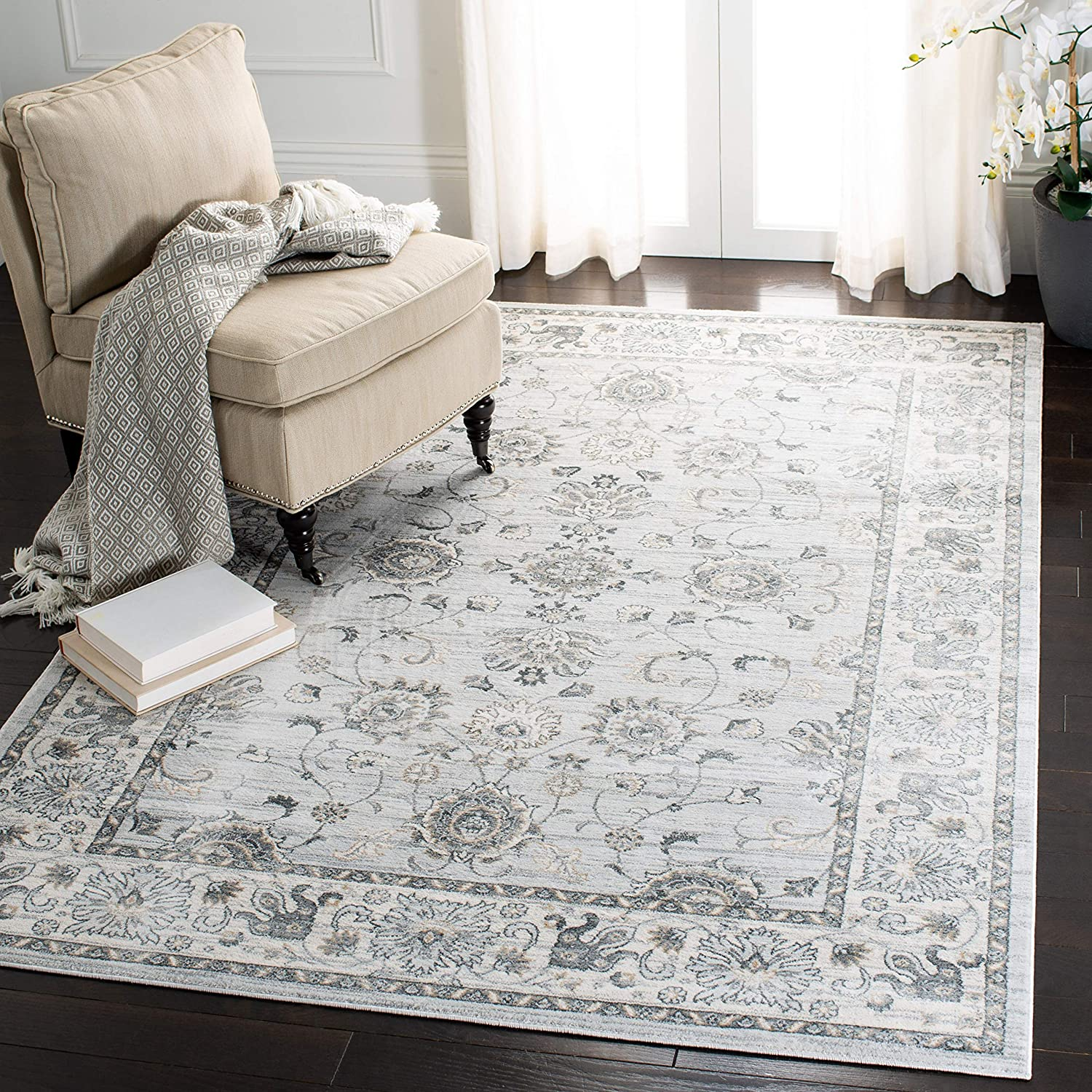 Safavieh Isabella Collection ISA940G Oriental Non-Shedding Stain Resistant Living Room Bedroom Area Rug, 3' x 5', Light Grey / Cream