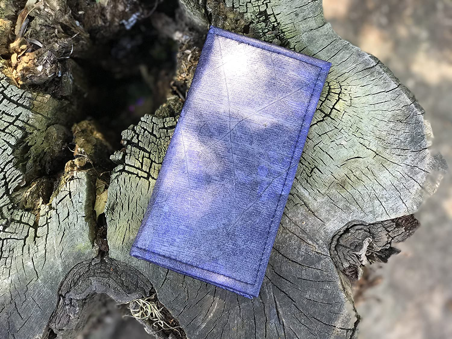 Zessoo Vinci Leaf Wallet | This Vegan Wallet is made from leaves [Cruelty-Free] | San Marino - Blue