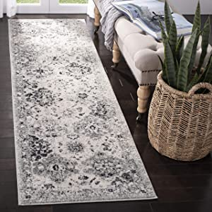 """Safavieh Madison Collection MAD611G Bohemian Chic Vintage Distressed Runner, 2' 3"""" x 8', Silver/Grey"""