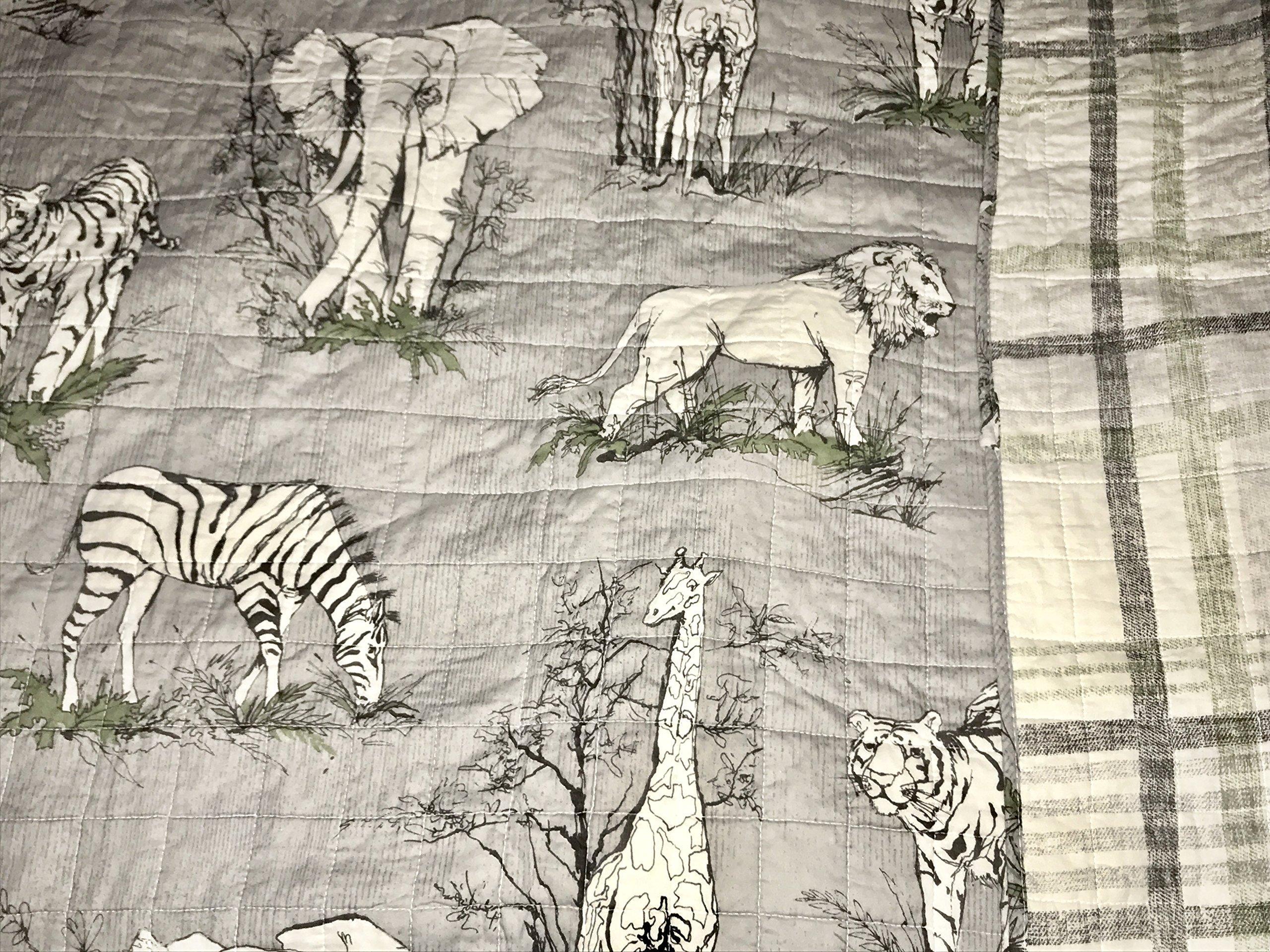 5-pc SAFARI JUNGLE FULL/QUEEN Quilt Set - (set includes 2 shams, 2 pillows & Quilt) lion elephant zebra tiger giraffe JUNGLE ANIMALS