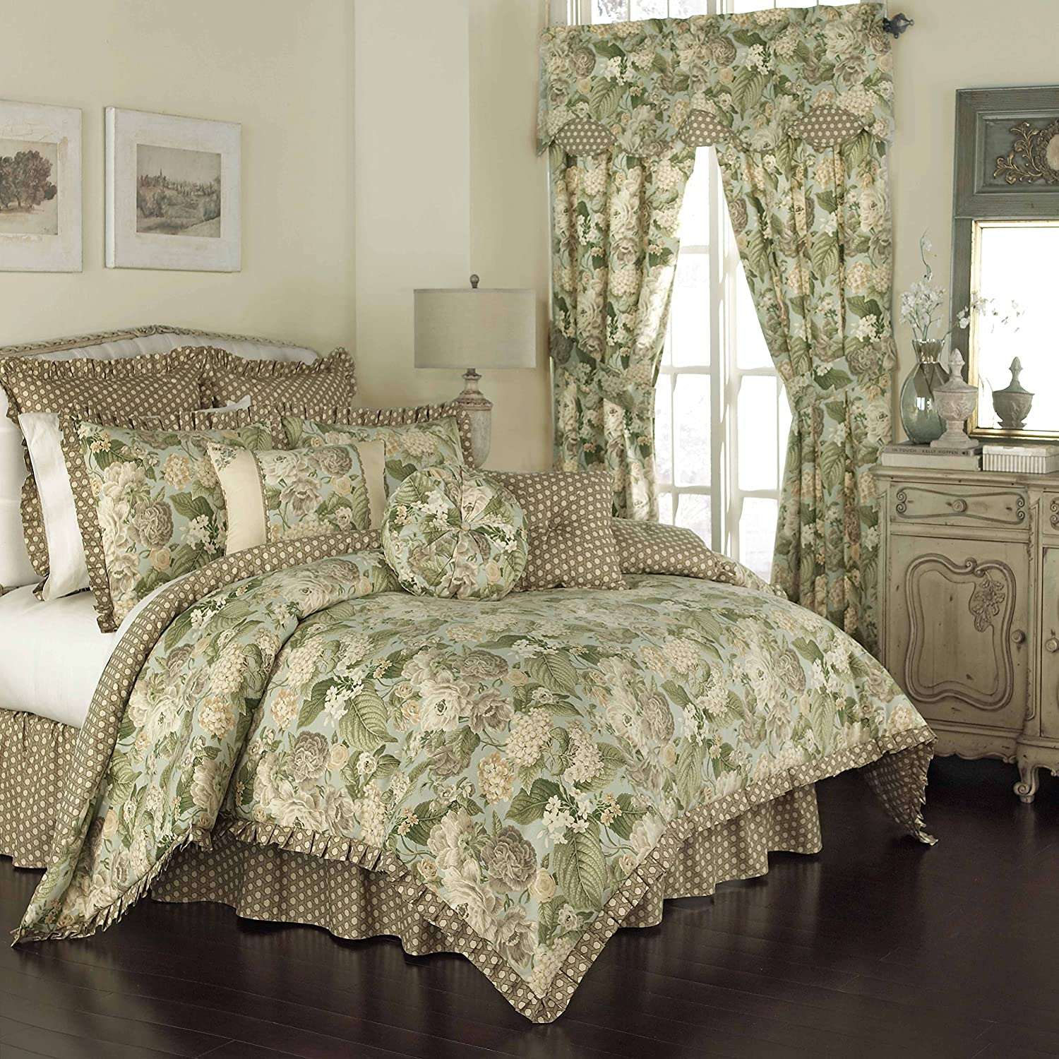 WAVERLY Garden Glory Comforter Collection, 96x92, Mist