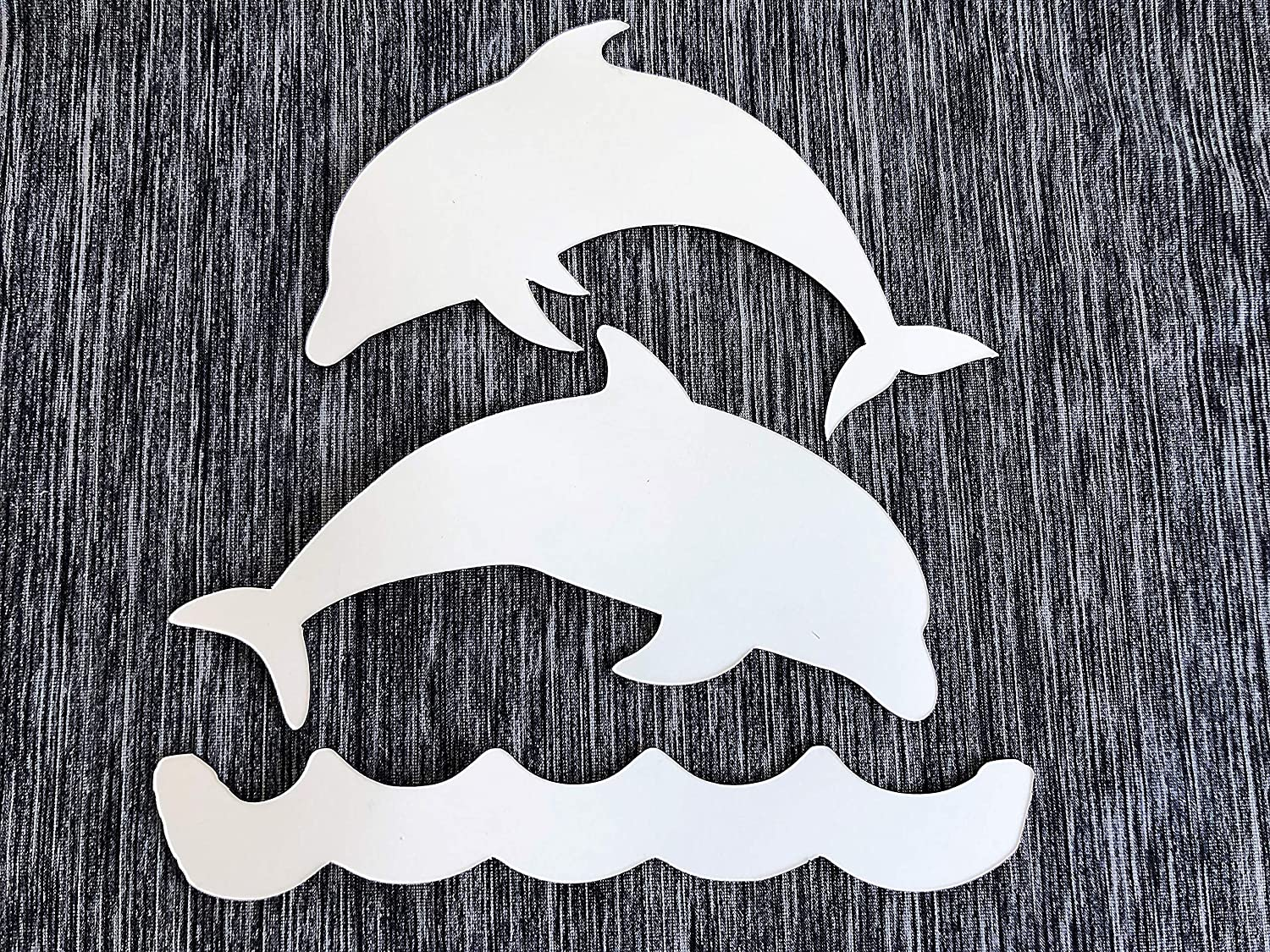 """Soft DCentral Jumping Dolphins /& Water Car /& Truck Magnet Size:Each Dolphin is 4.8/"""" x 3.6/"""" Magnetic Backed Vinyl Easily repositioned. Yet Very Sturdy"""