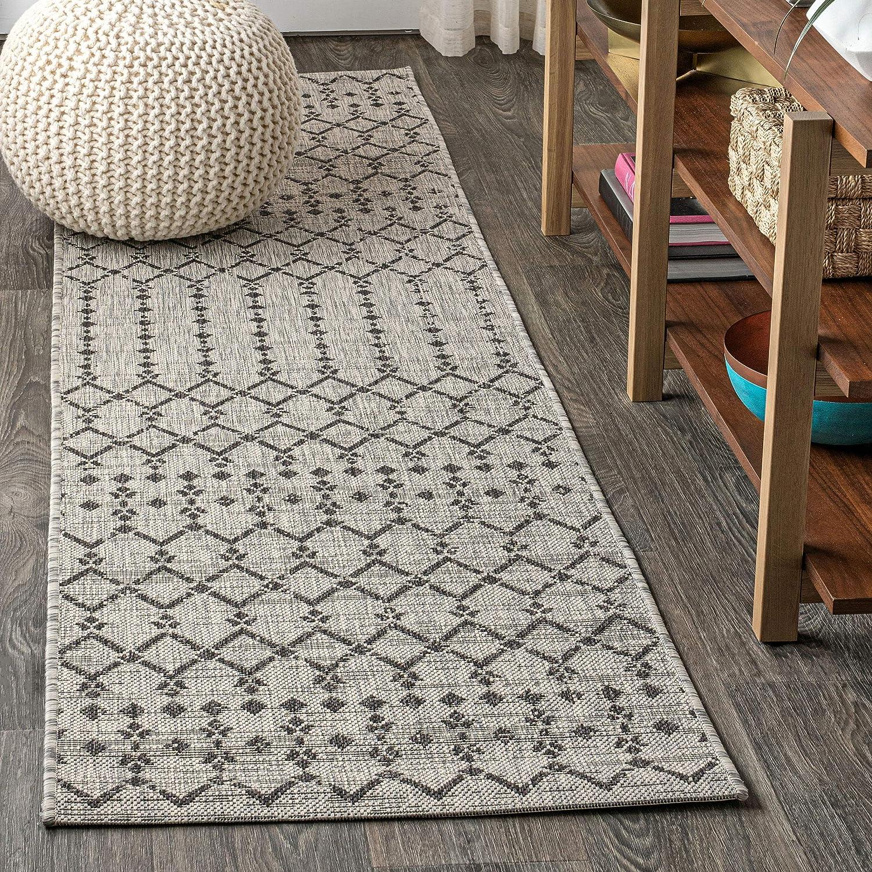 JONATHAN Y Ourika Moroccan Geometric Textured Weave Indoor/Outdoor Gray/Black 2 ft. x 8 ft. Runner Rug, Bohemian,EasyCleaning,HighTraffic,LivingRoom,Backyard, Non Shedding