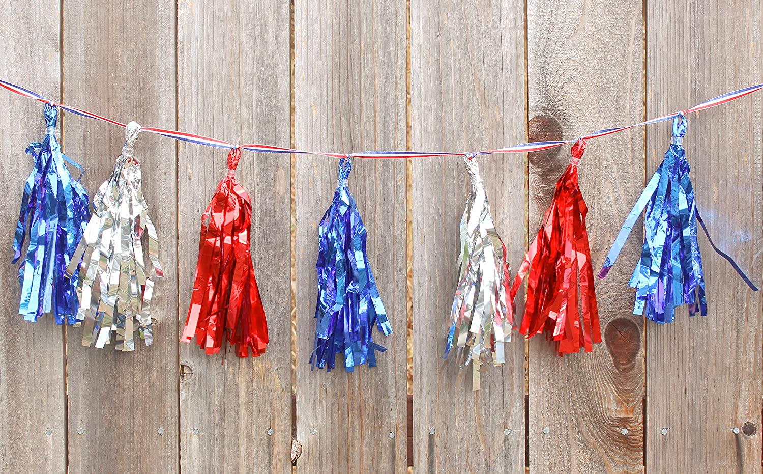 Election Decorations Patriotic Metallic Garland on Pre-Assembled Party D/écor 4th of July Memorial Day Banner Primary Military Ceremony Bosen 16 Tassels Per Package Red White Blue 8 ft Ribbon