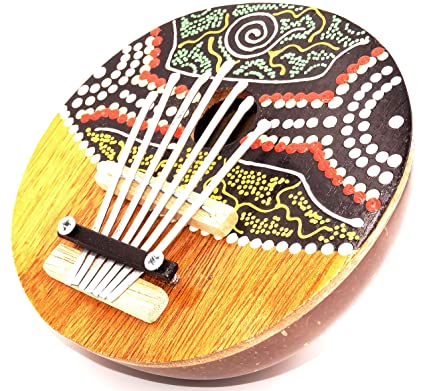 Karimba: instrumento musical aborigen de coco: guitarra y piano para pulgares, hecho a