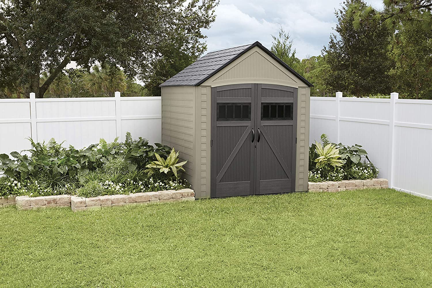 Rubbermaid Roughneck Storage Shed 5x4 Faint Maple and Brown