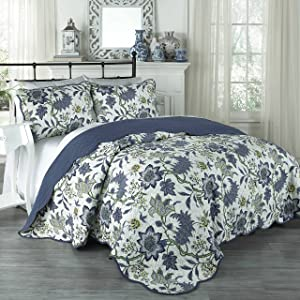 Traditions by Waverly Maldives Quilt Collection, Full/Queen, Porcelain, 3 Piece