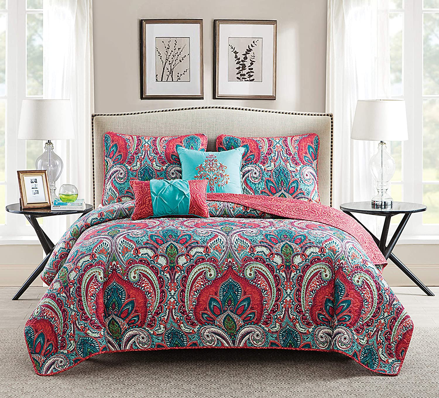 VCNY Home Full/Queen Size Quilt Set in Multicolor Bohemian Style