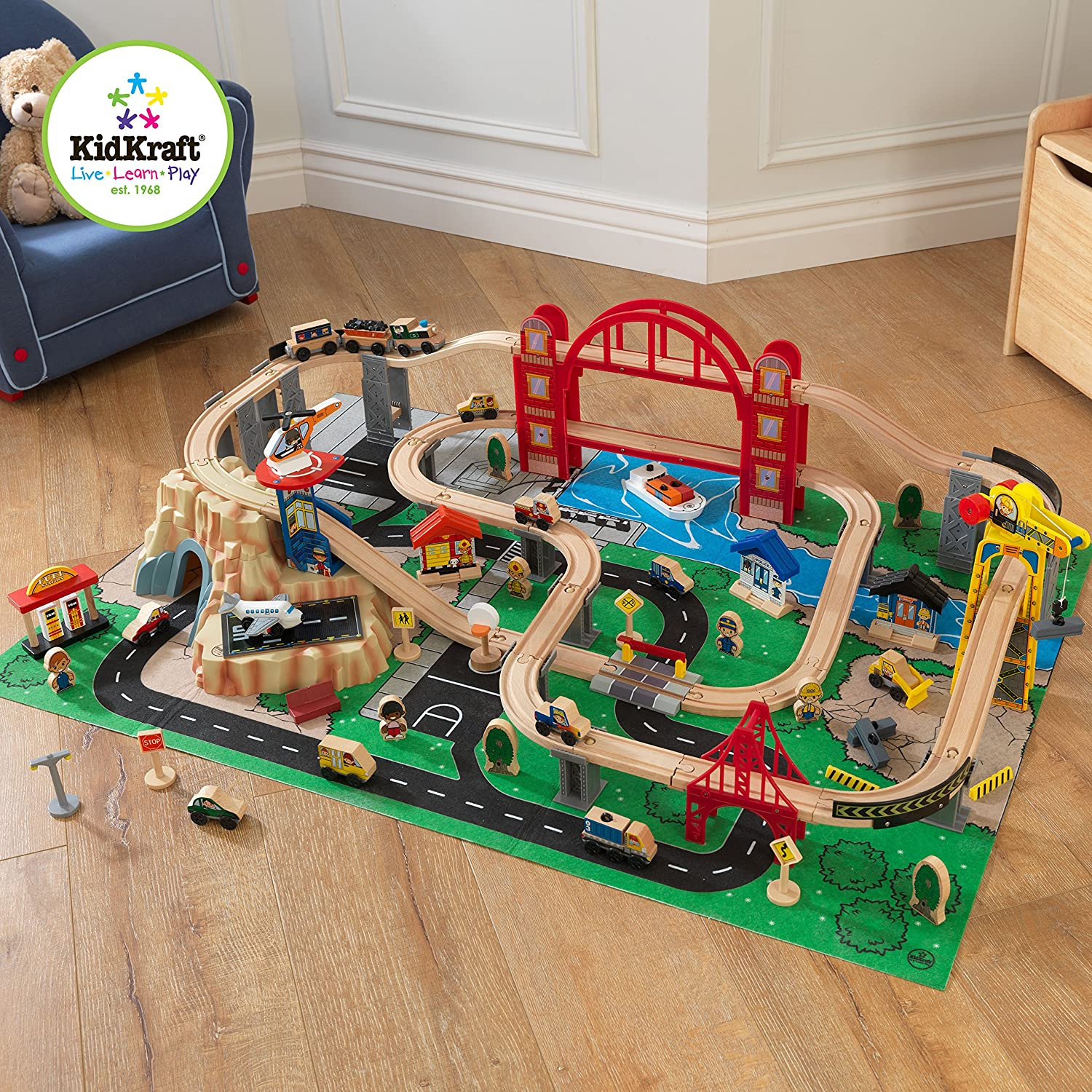 Kidkraft Metropolis Train Set with Roll-Up Felt Play Mat General General