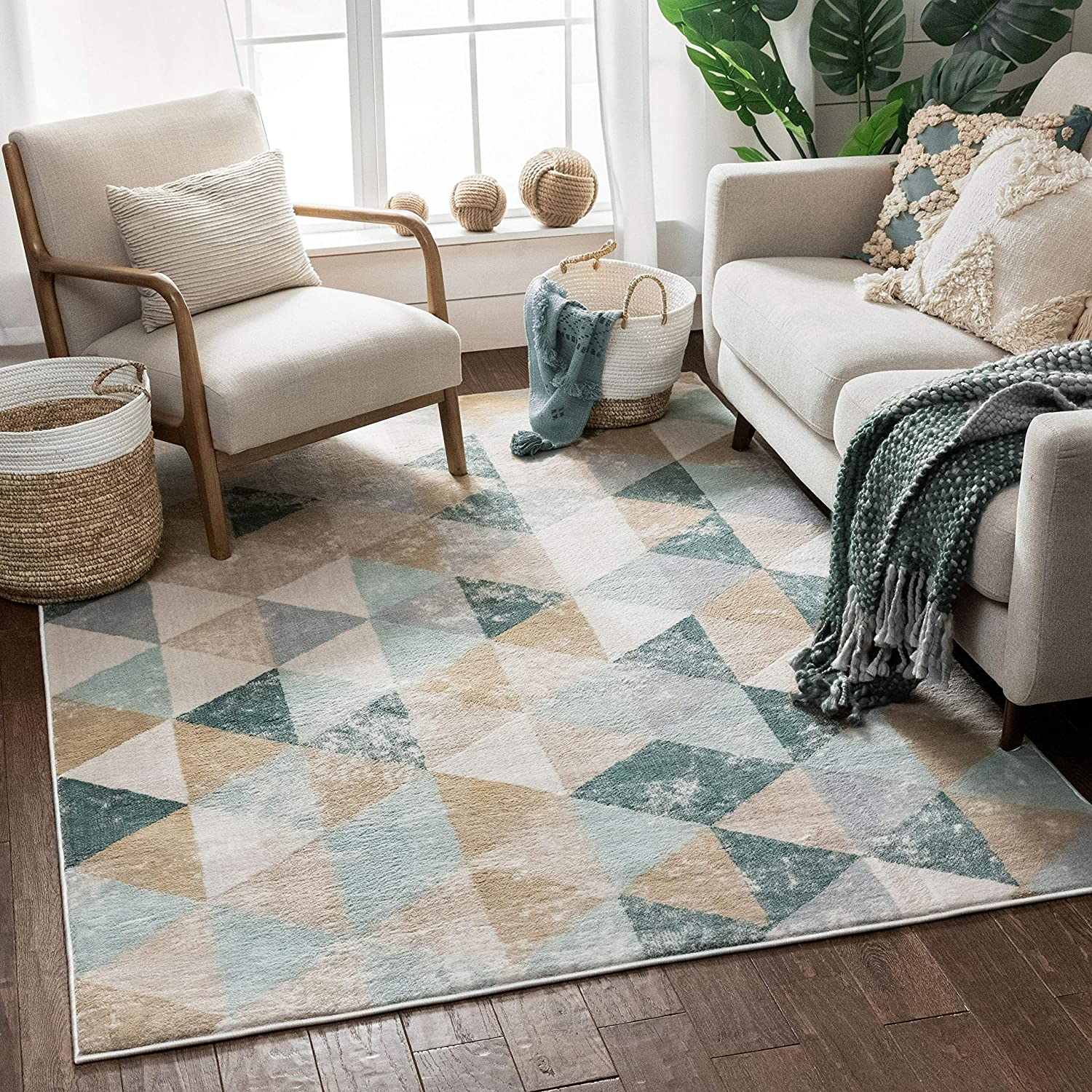 Well Woven Melody Mint Blue Geometric Tile Modern 5x7 5 3 X 7 3 Area Rug Mint Blue Triangles Isometry Marble Distress Contemporary Carpet Home Kitchen