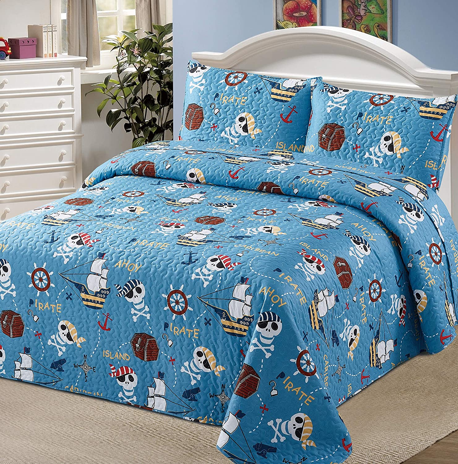 2pc Twin Bedspread Coverlet Quilt Set Kids/Teens Childrens Pirate Land Treasure Wood Box Skull Bones Ships Anchor Compass Treasure Island Hunting Blue White Brown Red New