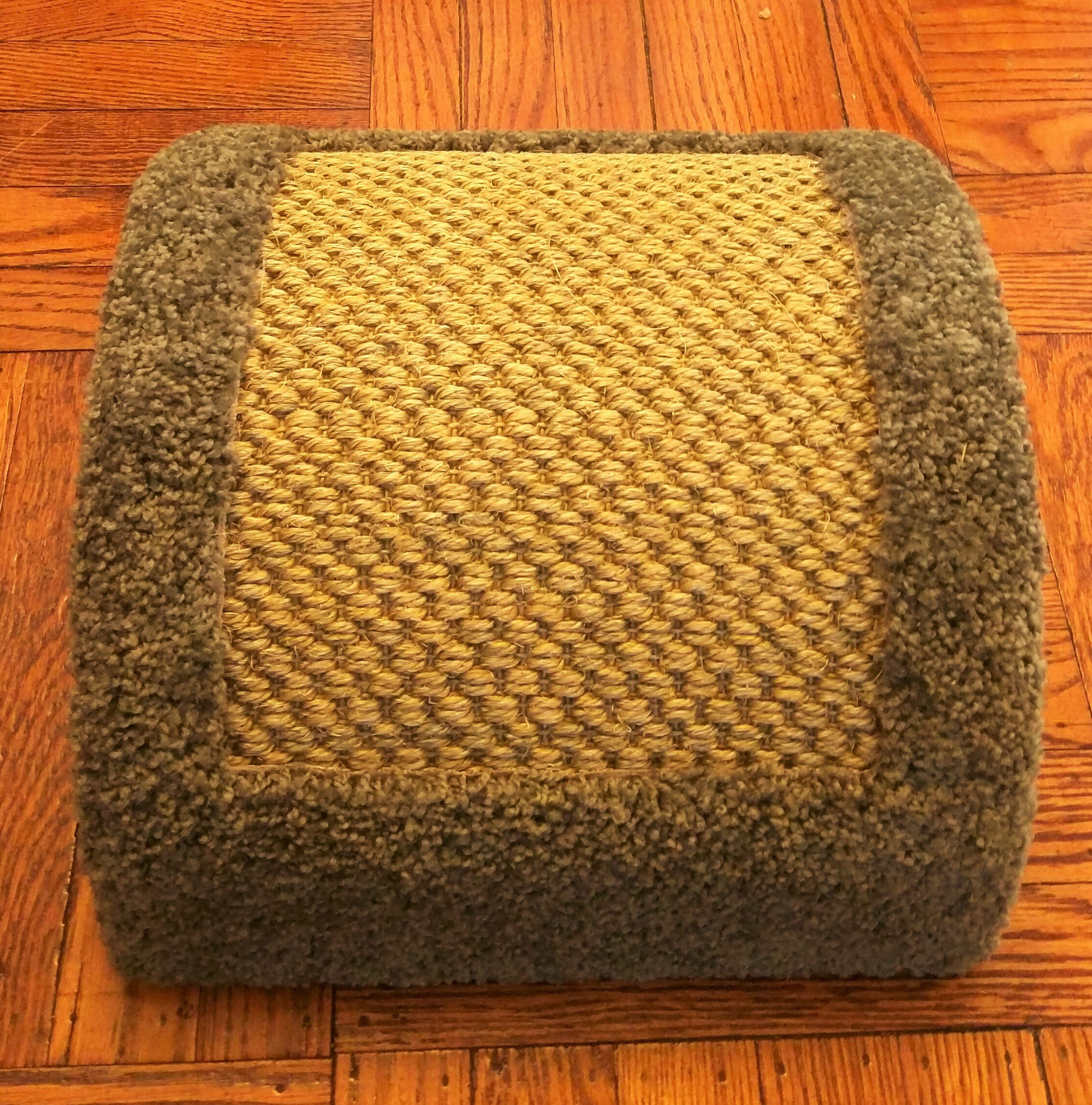 Royal Cat Boutique Dome Pad-1 Luxury Cat Bed by Royal Cat Boutique (Image #3)