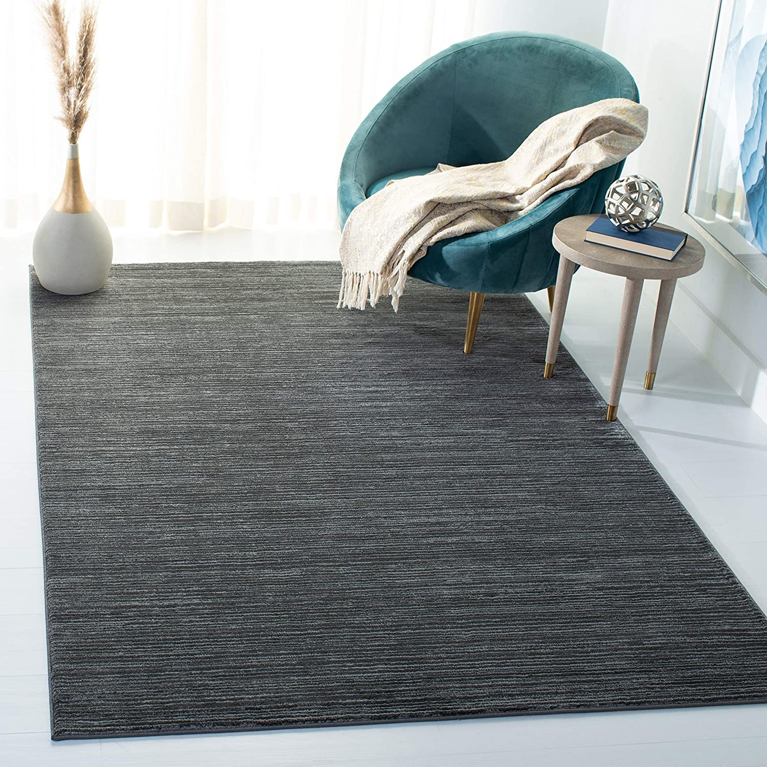 Safavieh Vision Collection VSN606D Modern Contemporary Ombre Tonal Chic Area Rug, 4' x 6', Grey