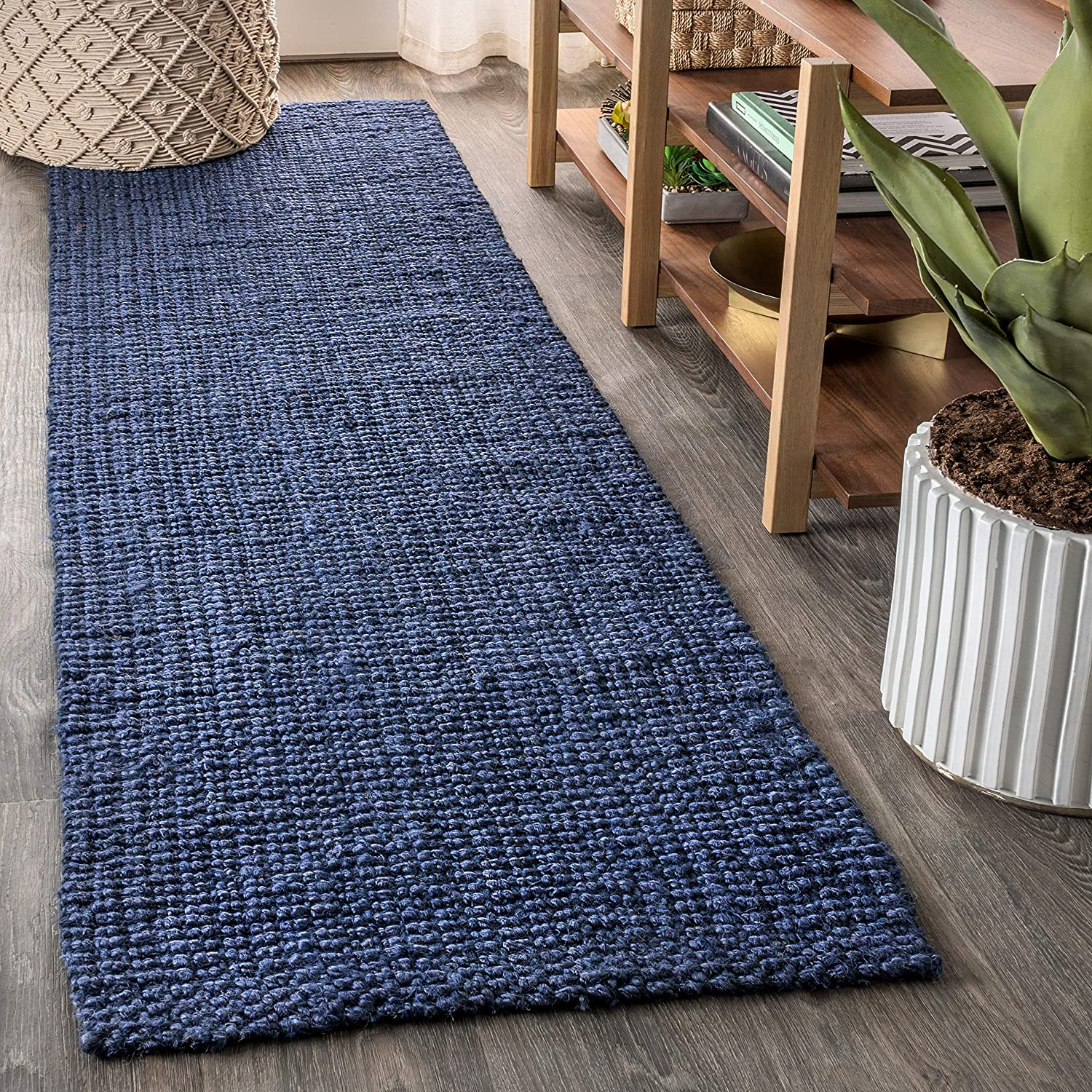 Amazon Com Jonathan Y Pata Hand Woven Chunky Jute Navy 2 Ft X 8 Ft Runner Rug Bohemian Easy Cleaning For Bedroom Kitchen Living Room Non Shedding Furniture Decor