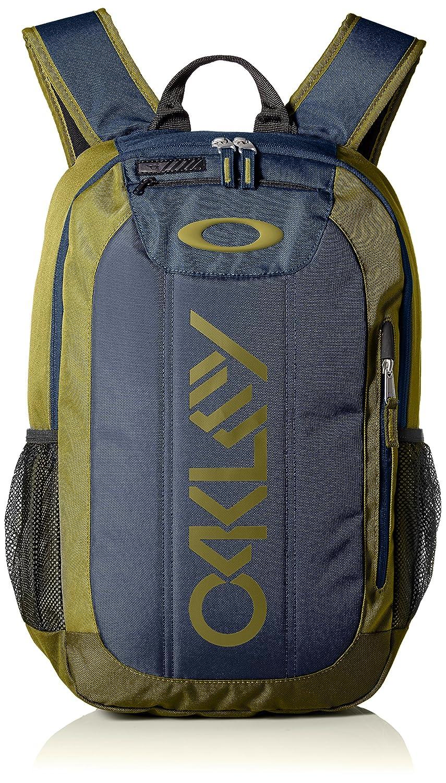 Oakley Enduro 20 men s backpack, 88 A-burnished, 31.75 cm x 13.97 cm x  48.26 cm, 20 l  Amazon.co.uk  Sports   Outdoors 82be76c3dc