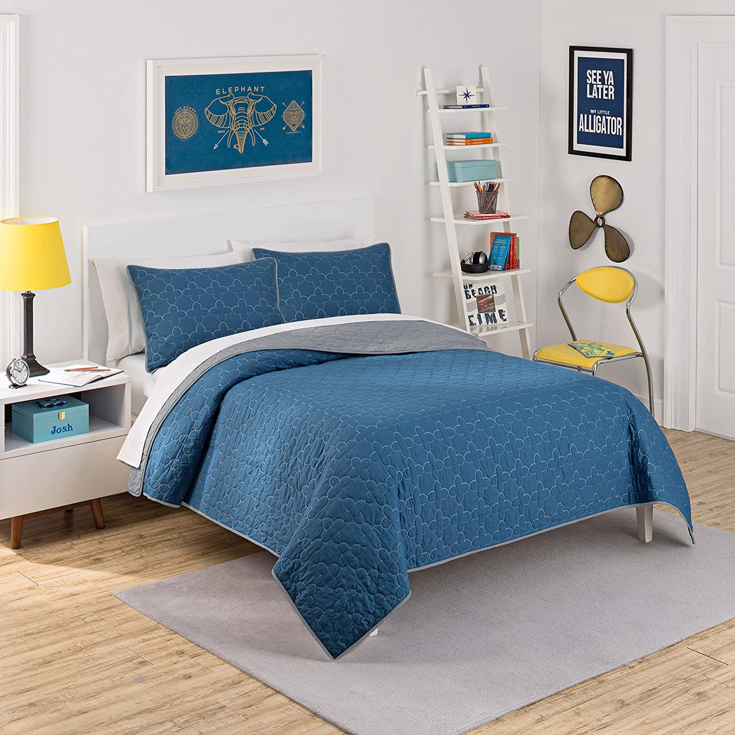 Waverly Kids 16450BEDDTWNIND Framework 90-Inch by 68-Inch Reversible Twin Quilt Collection, Indigo Ellery Homestyles